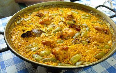 Paella a la alicantina (de pollo y conejo)